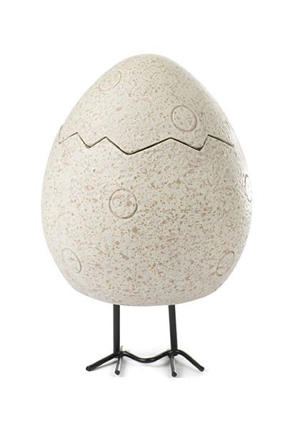 Dose Ei auf Beinen H. ca.13 cm